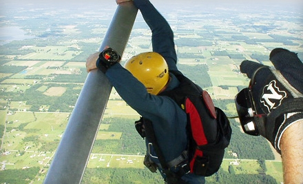 $92 for a Solo Skydiving Lesson and First Solo Jump from Skydive Iowa in Brooklyn (Up to $184 Value)